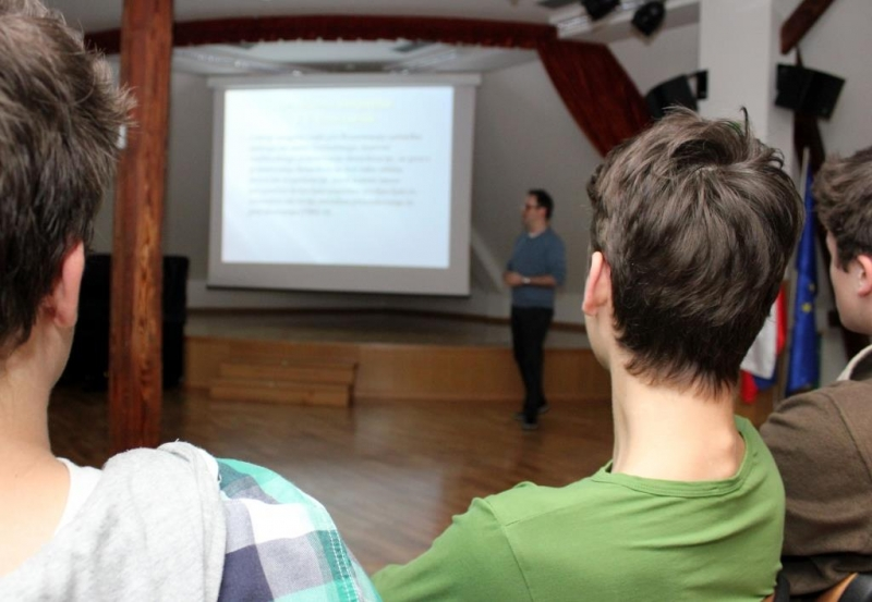 druzbena-pogodba5