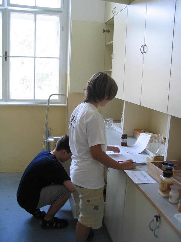 ucilnica2004-18